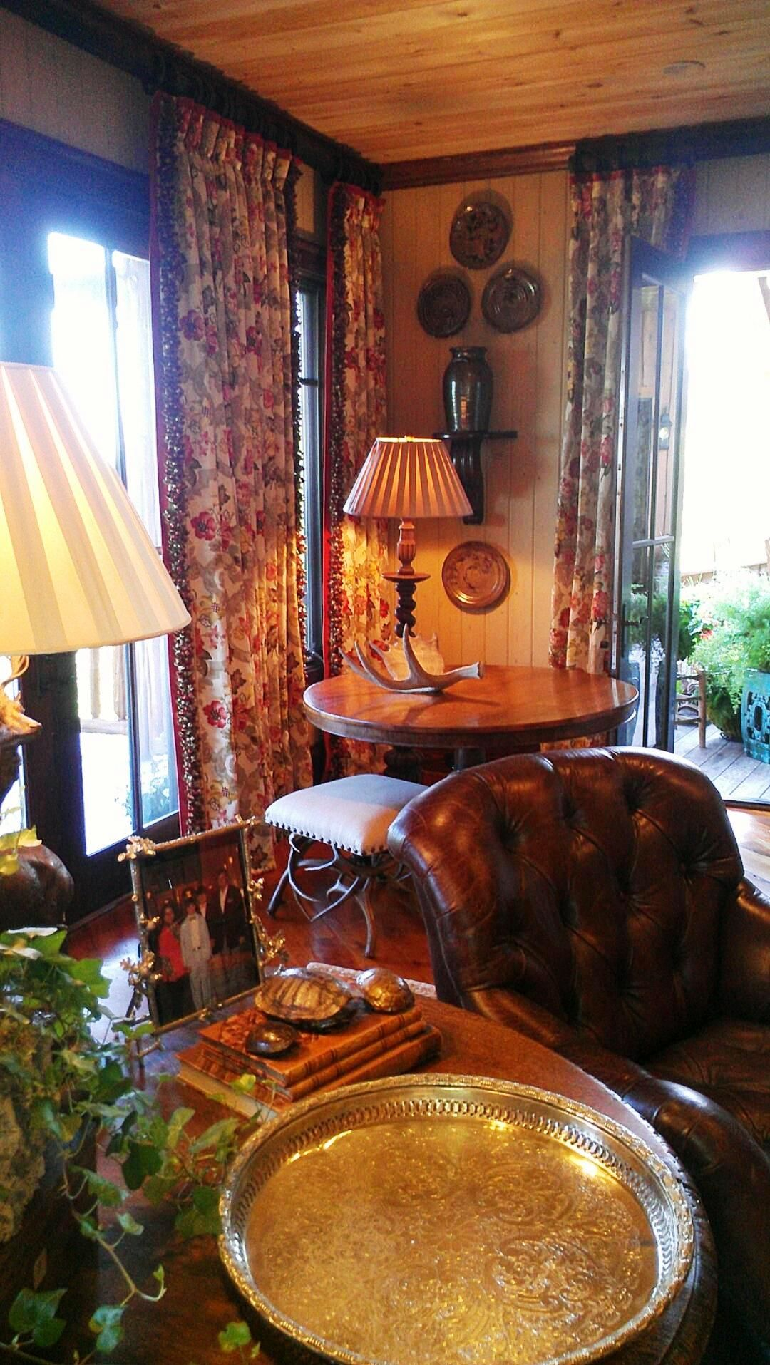 And moody lighting just radiate beautiful accessories and curtains too my kind of room francie hargrove designer cashiers nc showhouse 2012