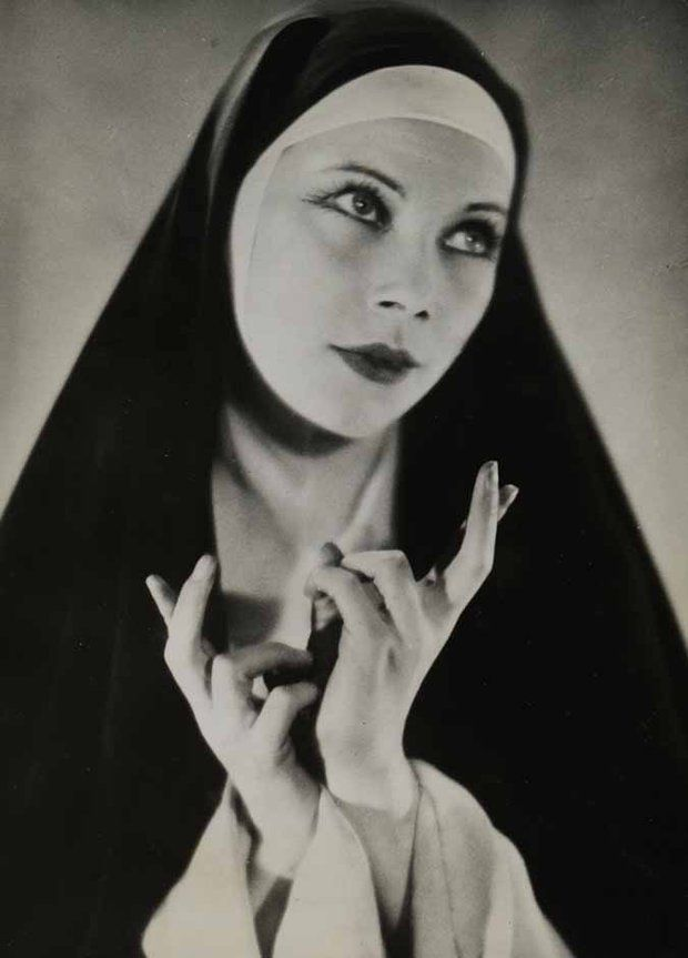 Anonymous  Tilly Losch as a nun in The Miracle directed by Max Reinhardt (Karl Vollmöller, 1932), in 1932