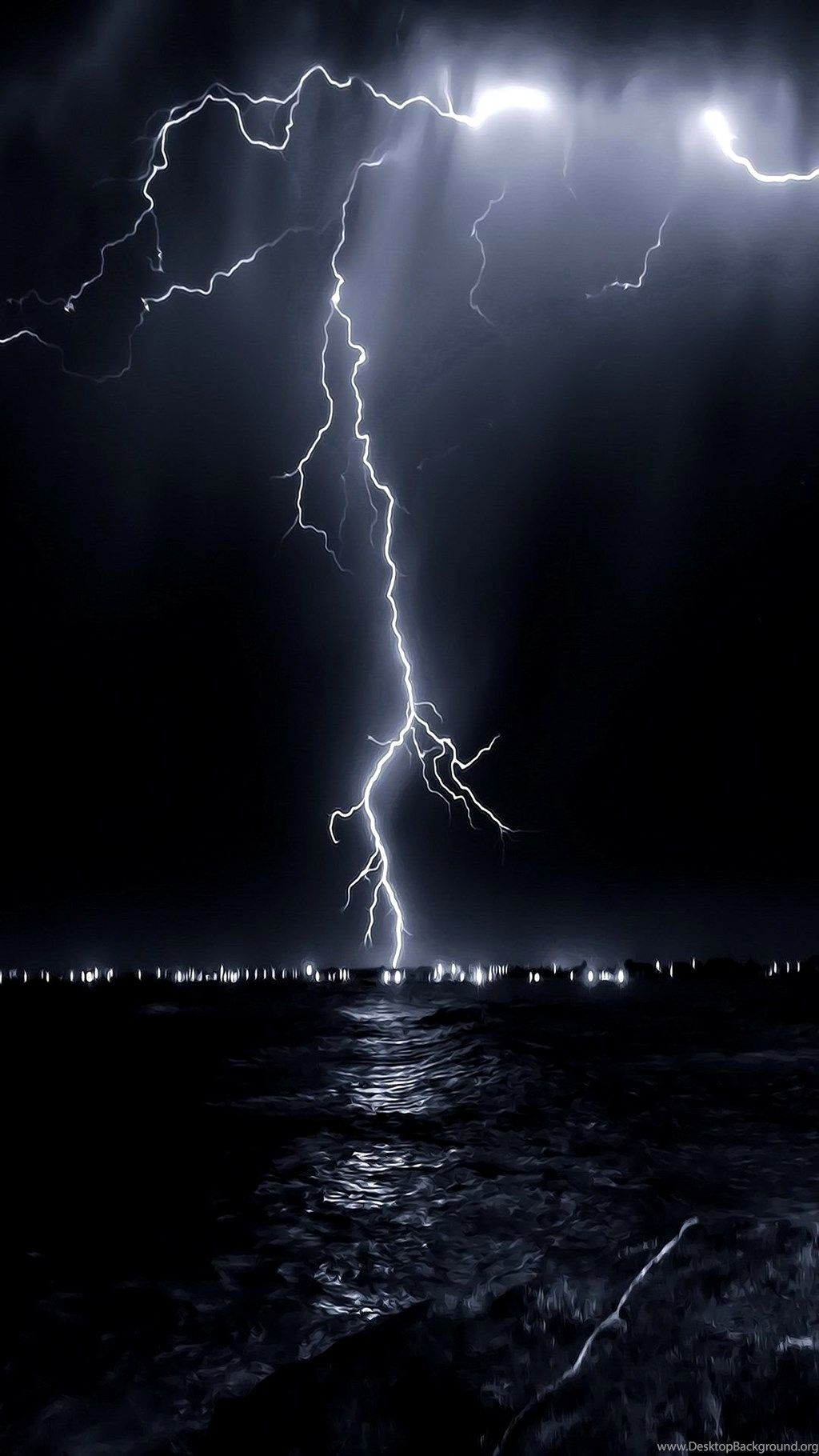 Lightning Wallpaper 4K Iphone Gallery ...