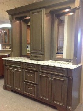 Double Vanity With Linen Tower Middle Google Search Traditional Bathroom Vanity Bathroom Bathroom Storage