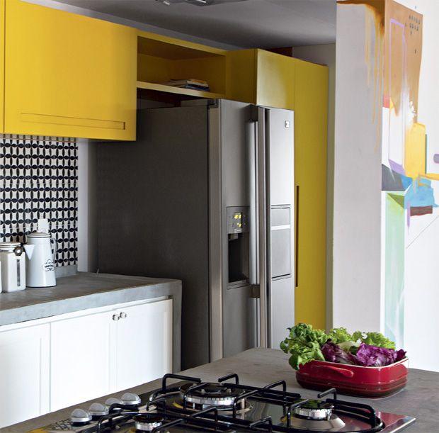 Cozinha, Madeira, Amarelo, Preto, Branco, Concreto, Moderna