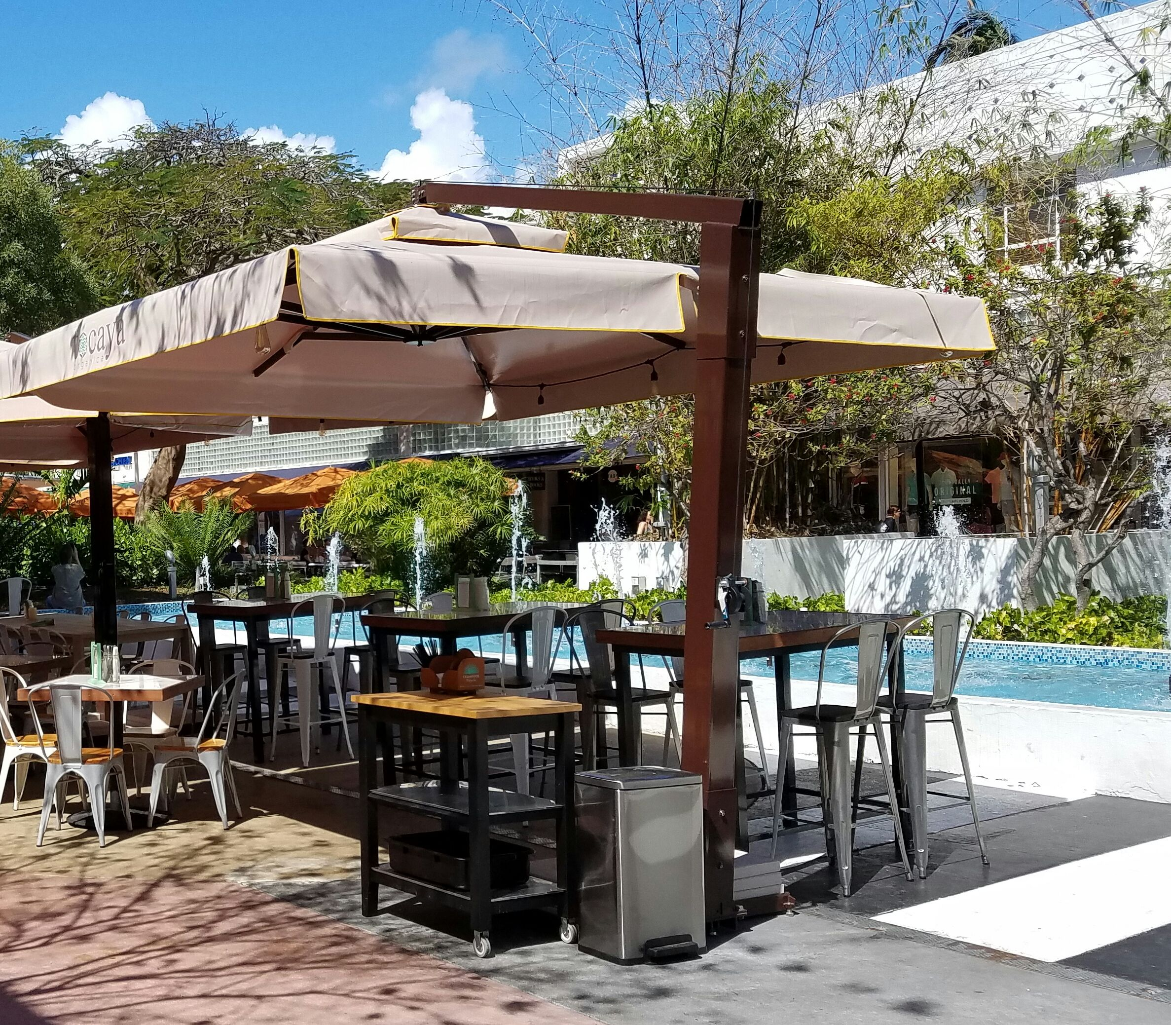 Giant Cantilever Patio Umbrella By The Shade Experts USA