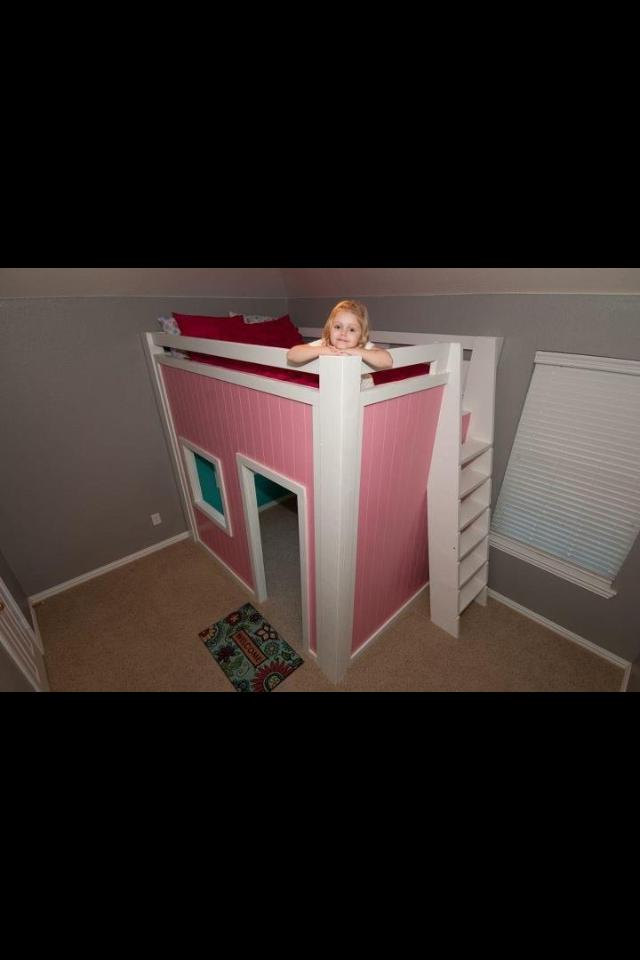 Aspen's new bed made by Jeremy & I