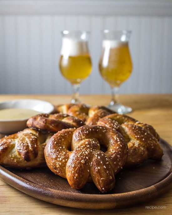Homemade Soft Pretzels With Beer Mustard Dipping Sauce