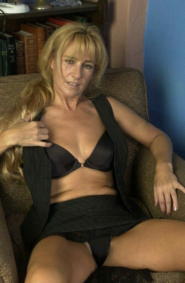 heerlen milf women Only mature women who love to fuck and eat cum starring: mature, granny, housewive, milf, xxx mature porn categories all porn totally free.