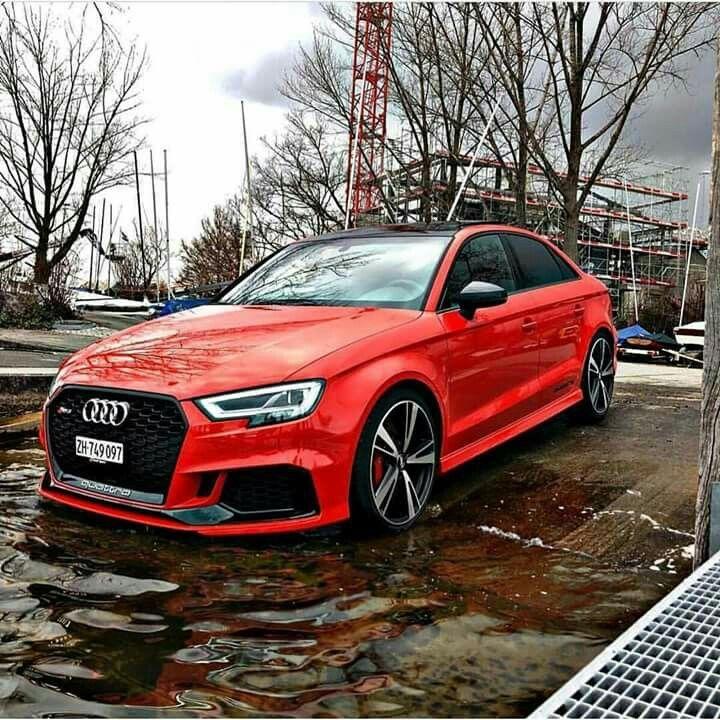 Audi RS3 アウディ