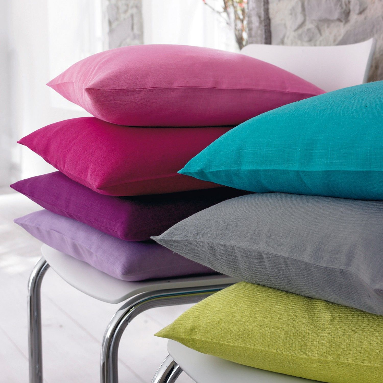 Important Consideration for #Cushion Covers Online #cushion_covers  #Cushion_Covers_Online #CushionsOnline Shop Now: https://homedecoraccessoriesblog.wordpress.com/2017/02/02/important-consideration-for-cushion-covers-online/