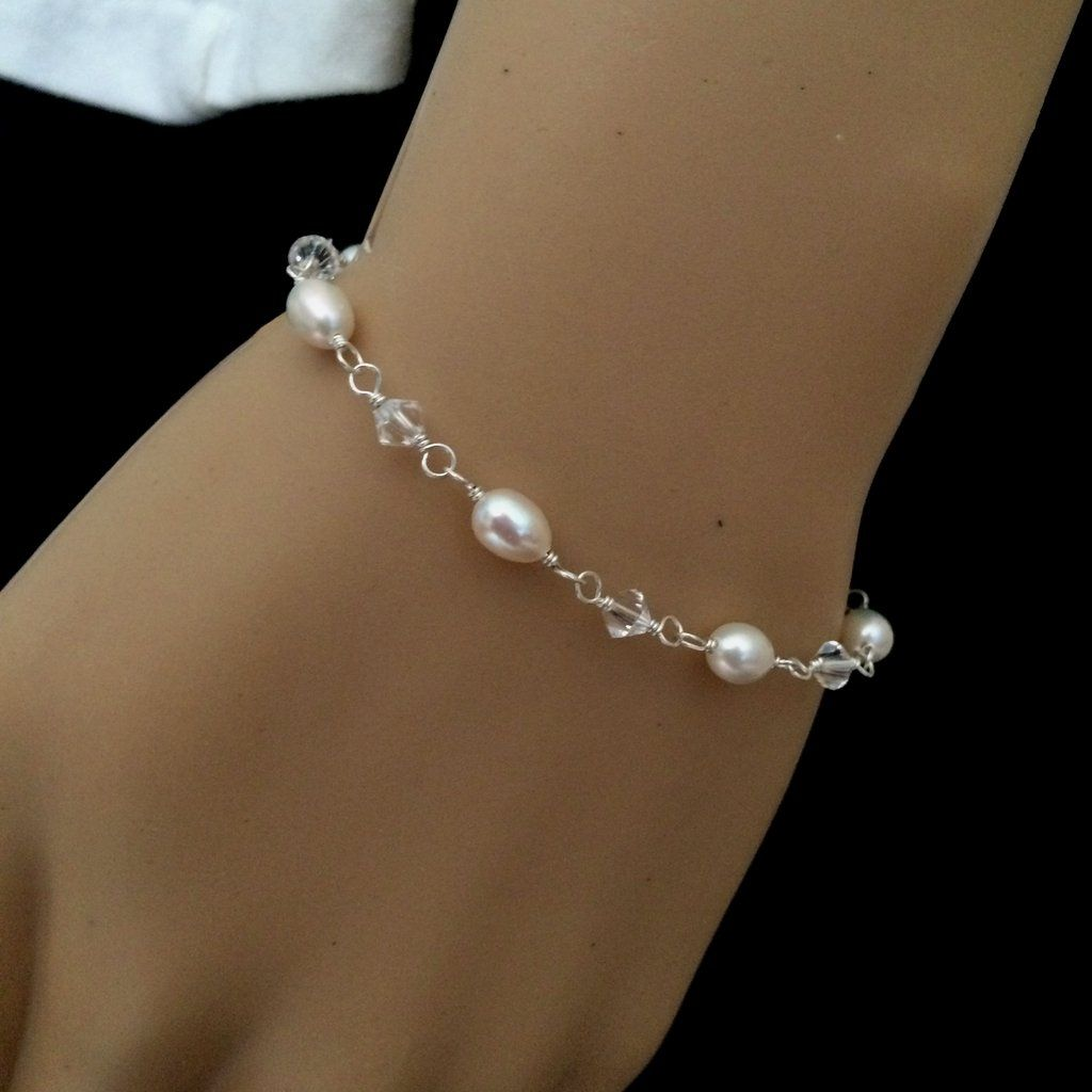 Small dainty freshwater pearl and swarovski crystal bridal bracelet «davina»