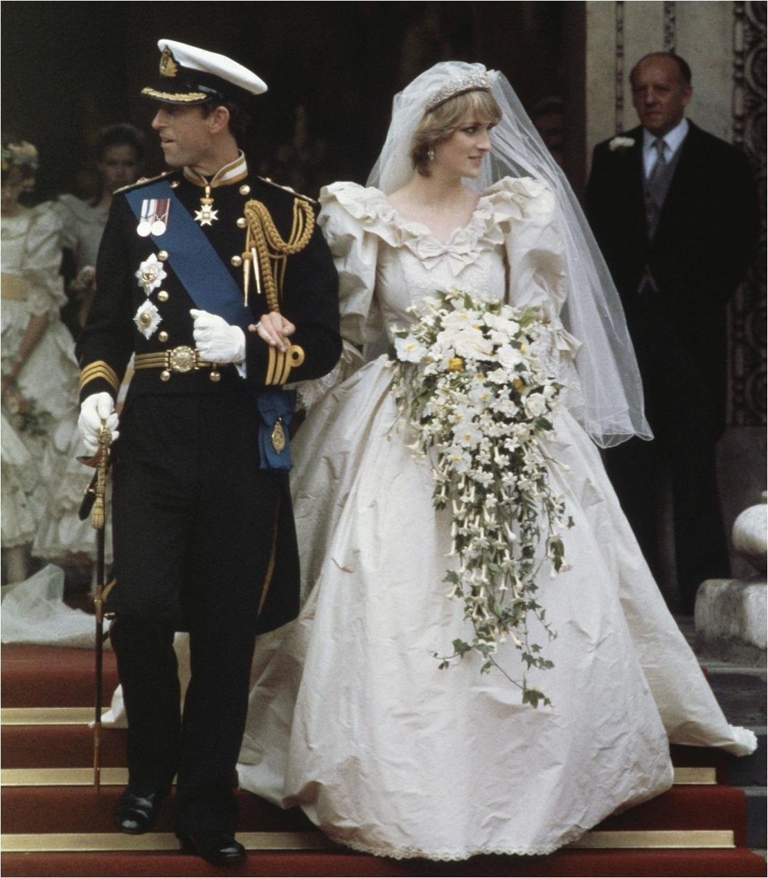 Lady Diana Creased Wedding Dress Wedding dresses, Diana