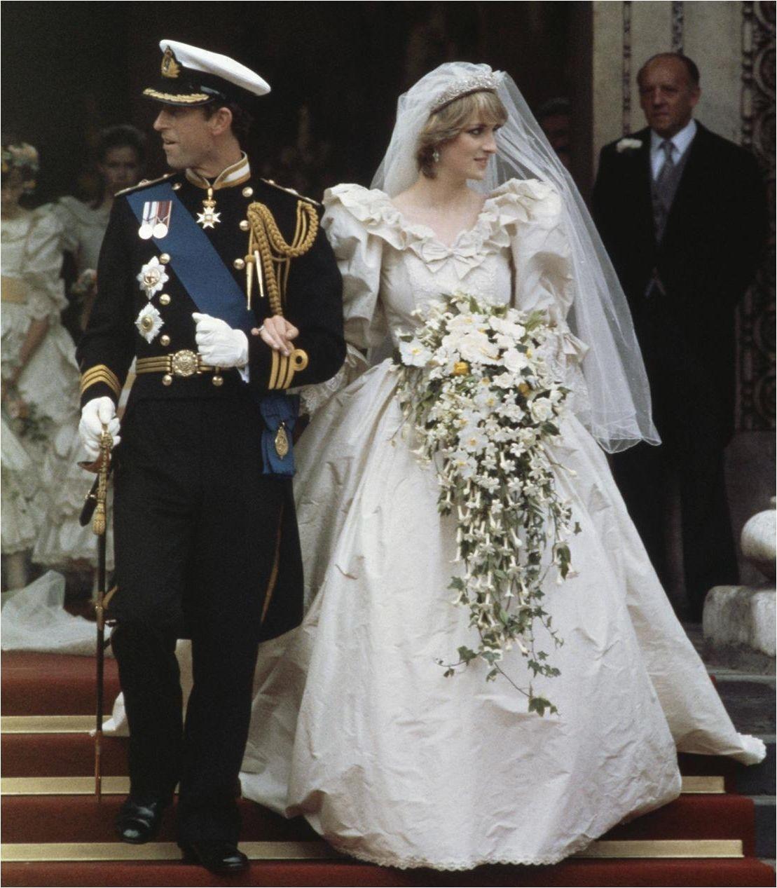 Lady Diana Creased Wedding Dress Princess Diana Wedding Dress Princess Diana Wedding Beautiful Wedding Dresses
