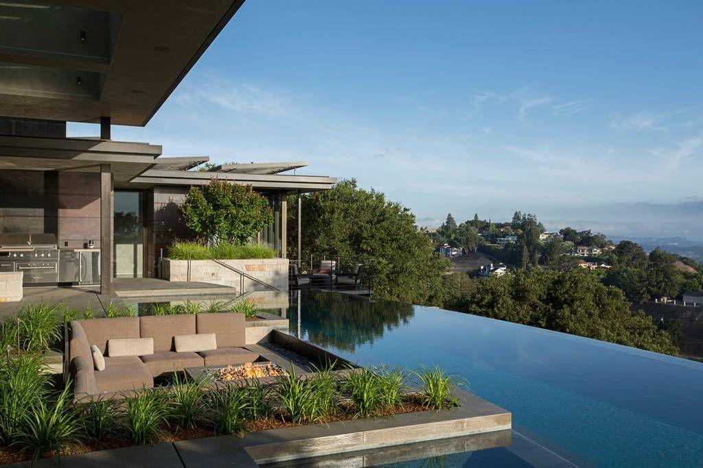 Échale un vistazo a este increíble alojamiento de Airbnb: Contemporary Masterpiece - Casas en alquiler en Los Altos Hills