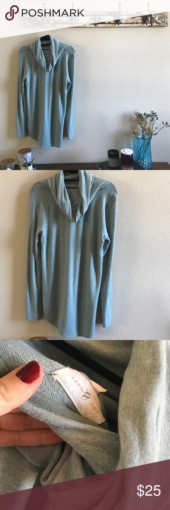 Lou & Grey Slouchy Cowl Like new ❤️ Lou & Grey Sweaters Cowl & Turtlenecks