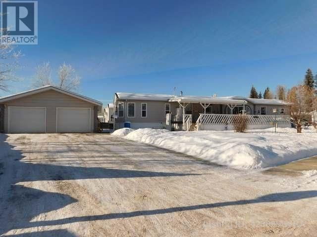 3 Bedroom Mobile Home with Garage for sale in Edson, AB