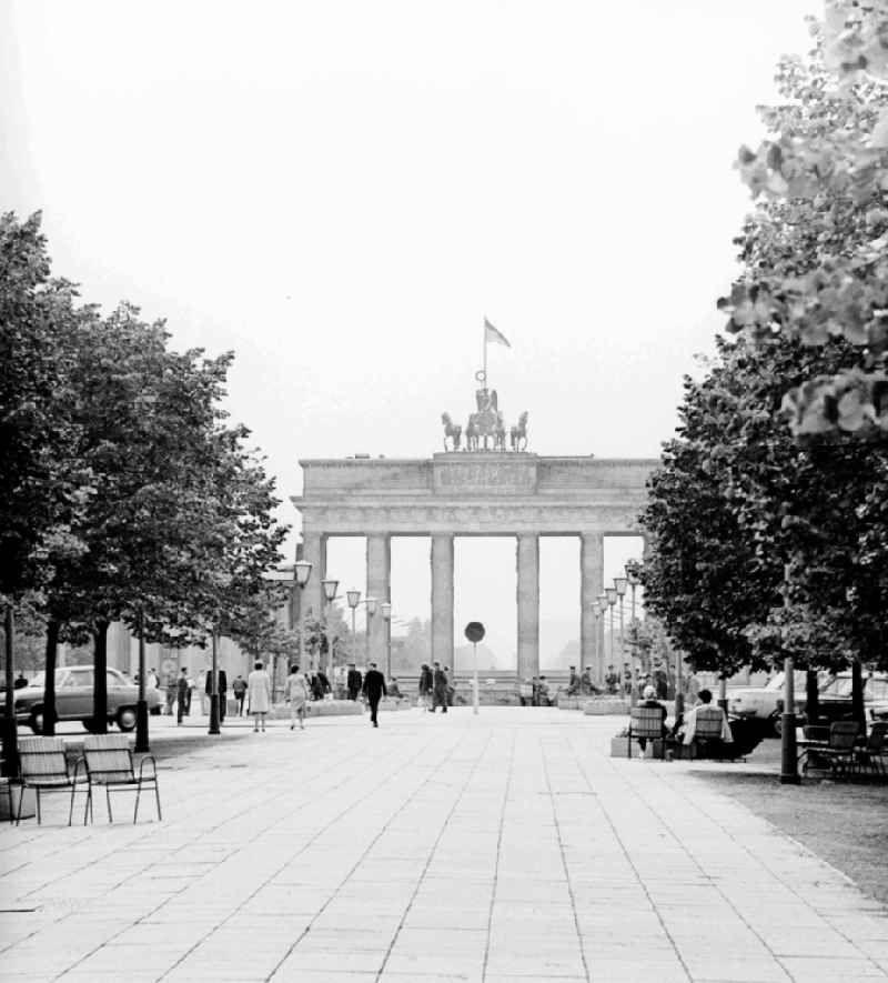 Grenze Fotos Aus Der Ddr In 2020 Berlin Berlin Wall Street View