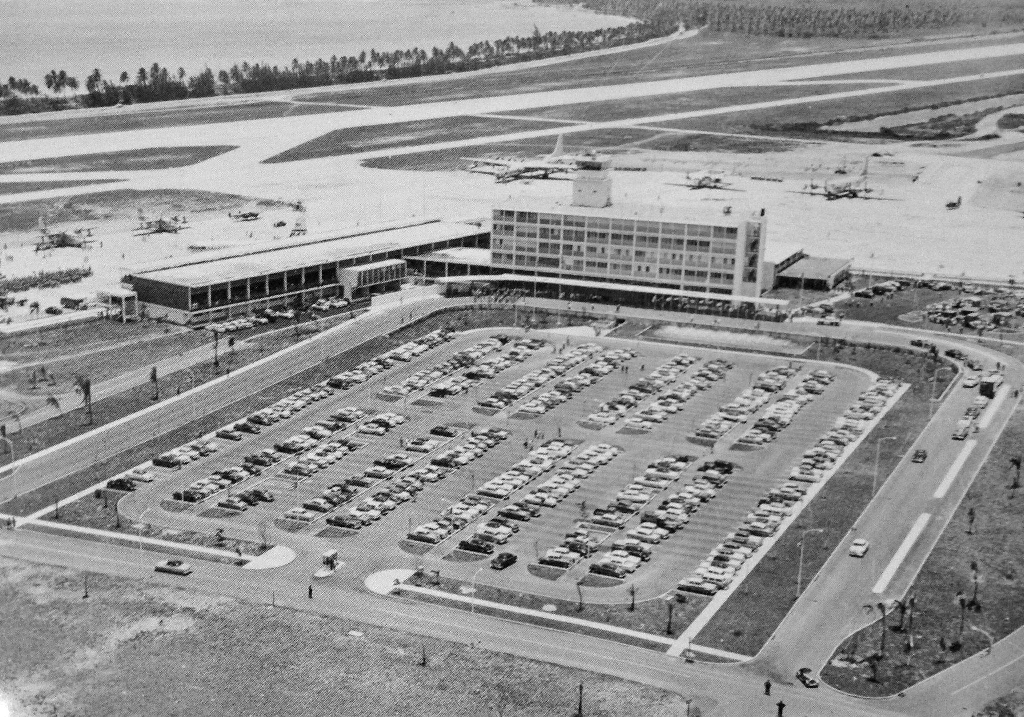 Aeropuerto Internacional Luis Muñoz Marín (1963)  Puerto Rico   Imágenes del Ayer   Vintage Images - Page 36 - SkyscraperCity