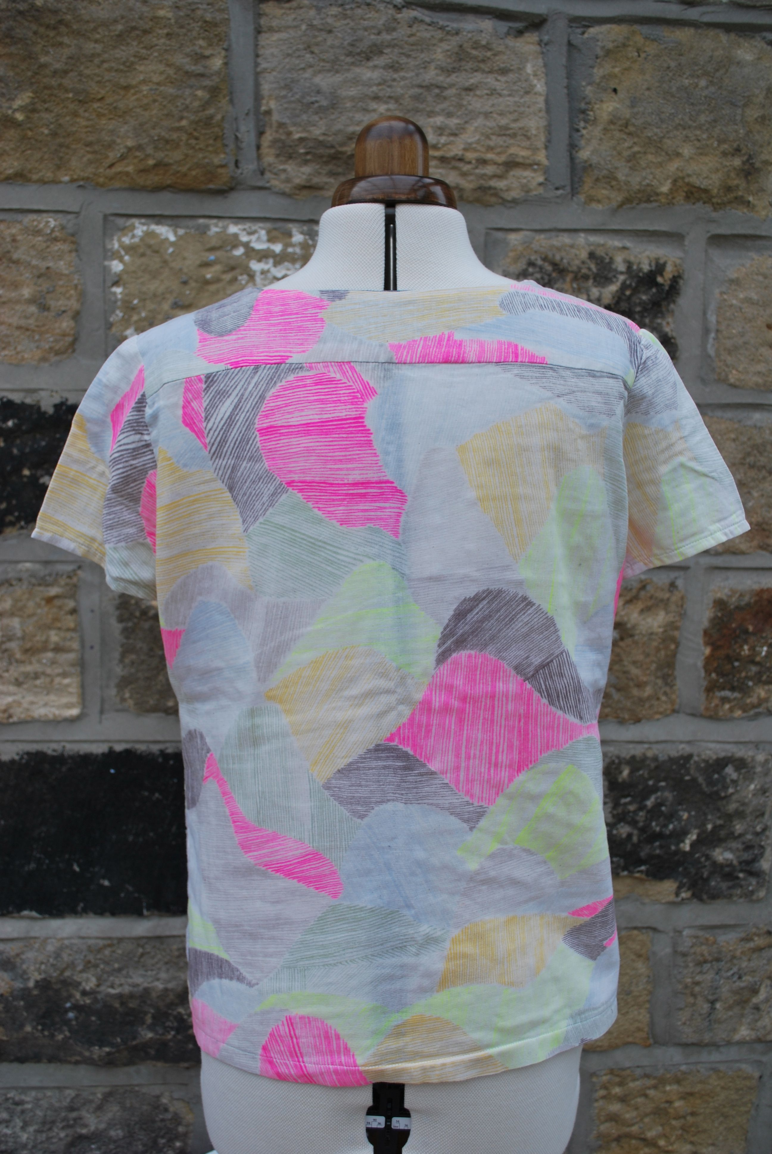 Merchant and Mills Camber Top in Nani Iro double gauze - the back ...
