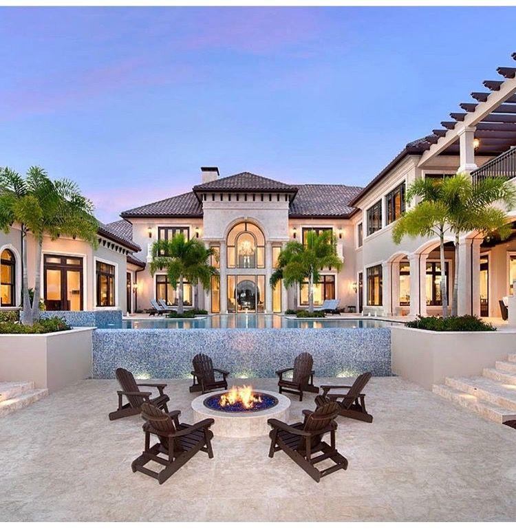 15 Utterly Luxurious Mediterranean Mansion Exterior: Pin Tillagd Av Mitt Fot På Konstruktion