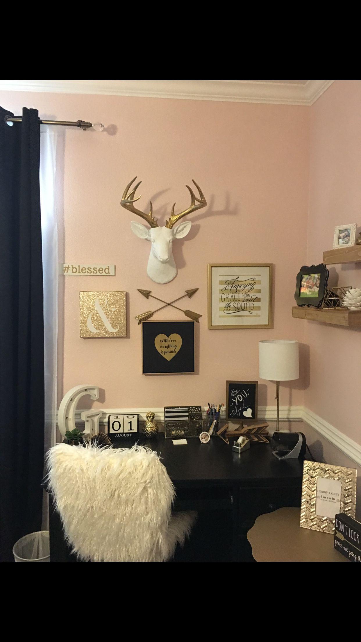 Tween Teen Girls Bedroom Decor Pottery Barn Rustic Blush Black Stripped Rug Monogram Antlers
