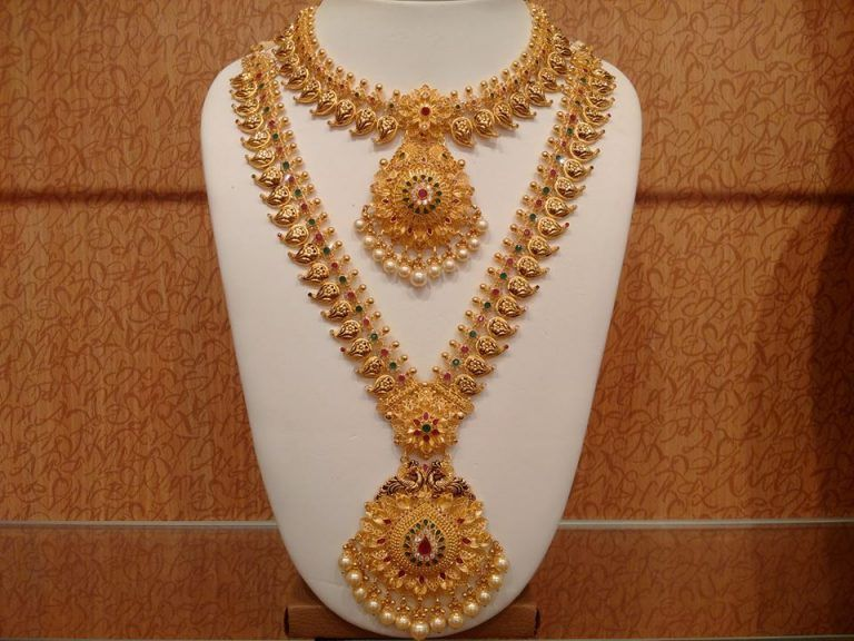 21 Traditional Gold Jewelry Set Designs For Marriage With Images
