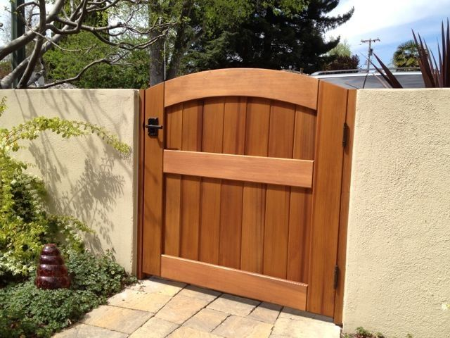 wooden front gates for homes