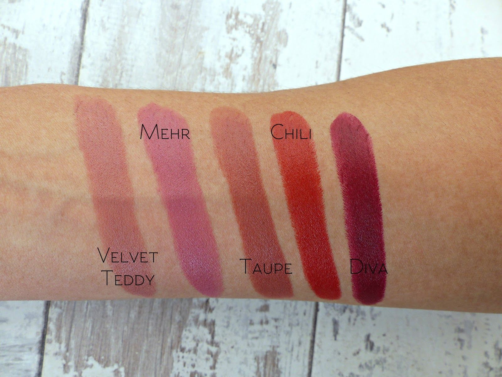 just uploaded a Mac lipstick collection