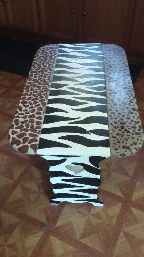 Animal print bench /table