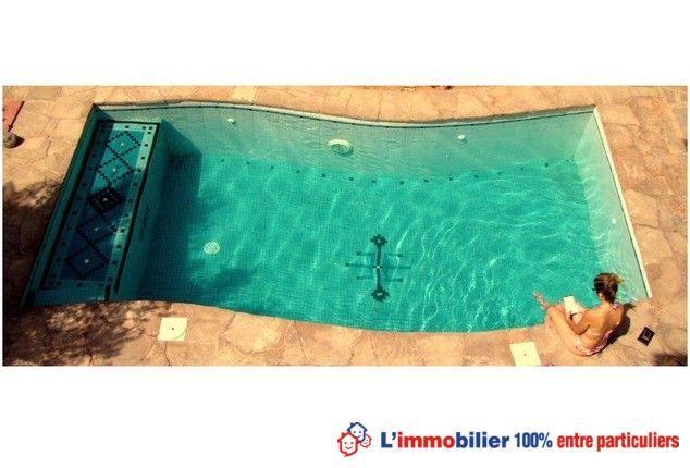 La piscine d'une villa style ksar, proche du royal golf et du golf amelkis à Marakech equip.garage. #maisonMaroc #piscine #maisonMarakech www.partenaire-europeen.fr/Annonces-Immobilieres/Maroc/Vente-Maison-Villa-F5-MARRAKECH-T609230