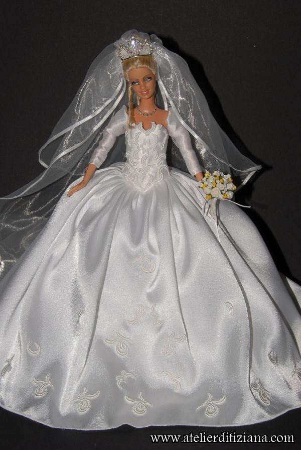 Le Tiziana Atelier - Barbie OOAK main - détail photo | mini vestidos ...