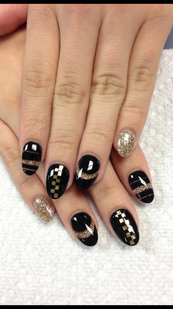 Nailpro Magazine On Pinterest Black Gel Nails Hot Nails And
