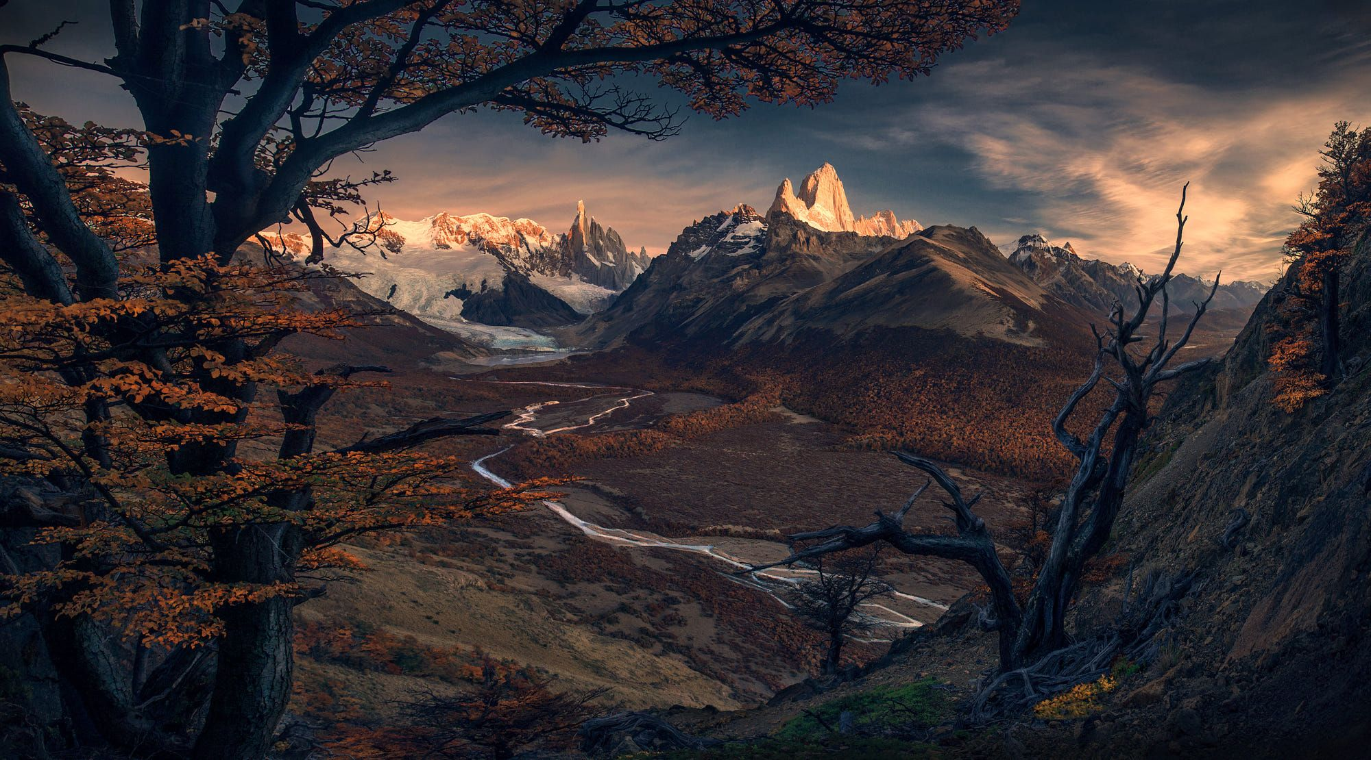 "A sunrise in Patagonia with a view on Cerro Torre and Fitz Roy.  A few spots left for my upcoming  <a href=""http://www.maxrivephotography.com/p/patagionia-2017""> Patagonia 2018 Tour </a> Check out my <a href=""http://www.maxrivephotography.com/p/processing-videos""> panorama processing tutorial </a>"