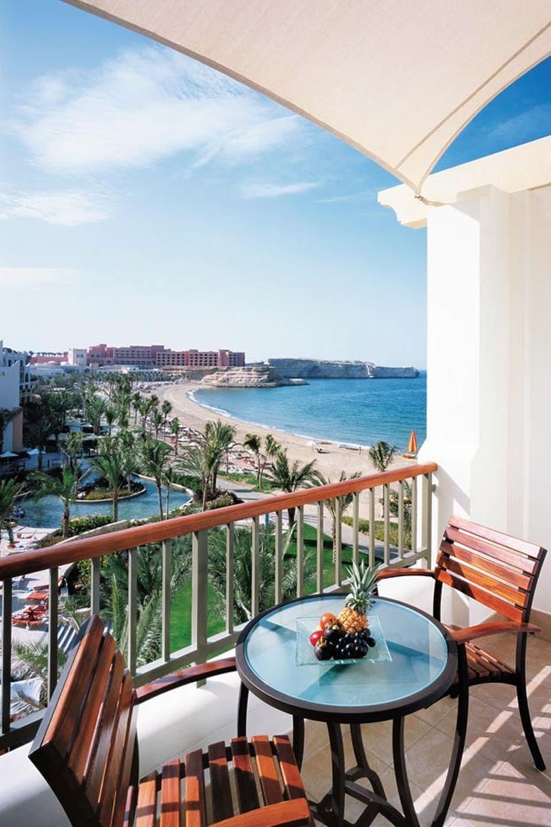 Enjoy romantic views overlooking the Arabian Sea at shangri La Barr Aj Jissah in Oman