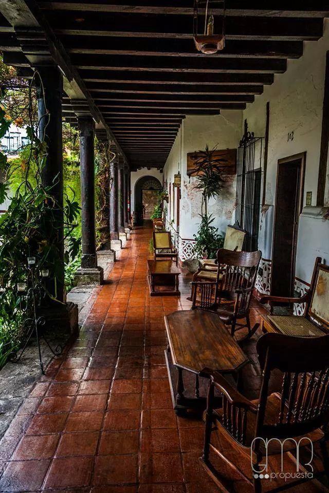Hotel posada de don rodrigo antigua guatemala casa de for Decoracion de casas antiguas fotos