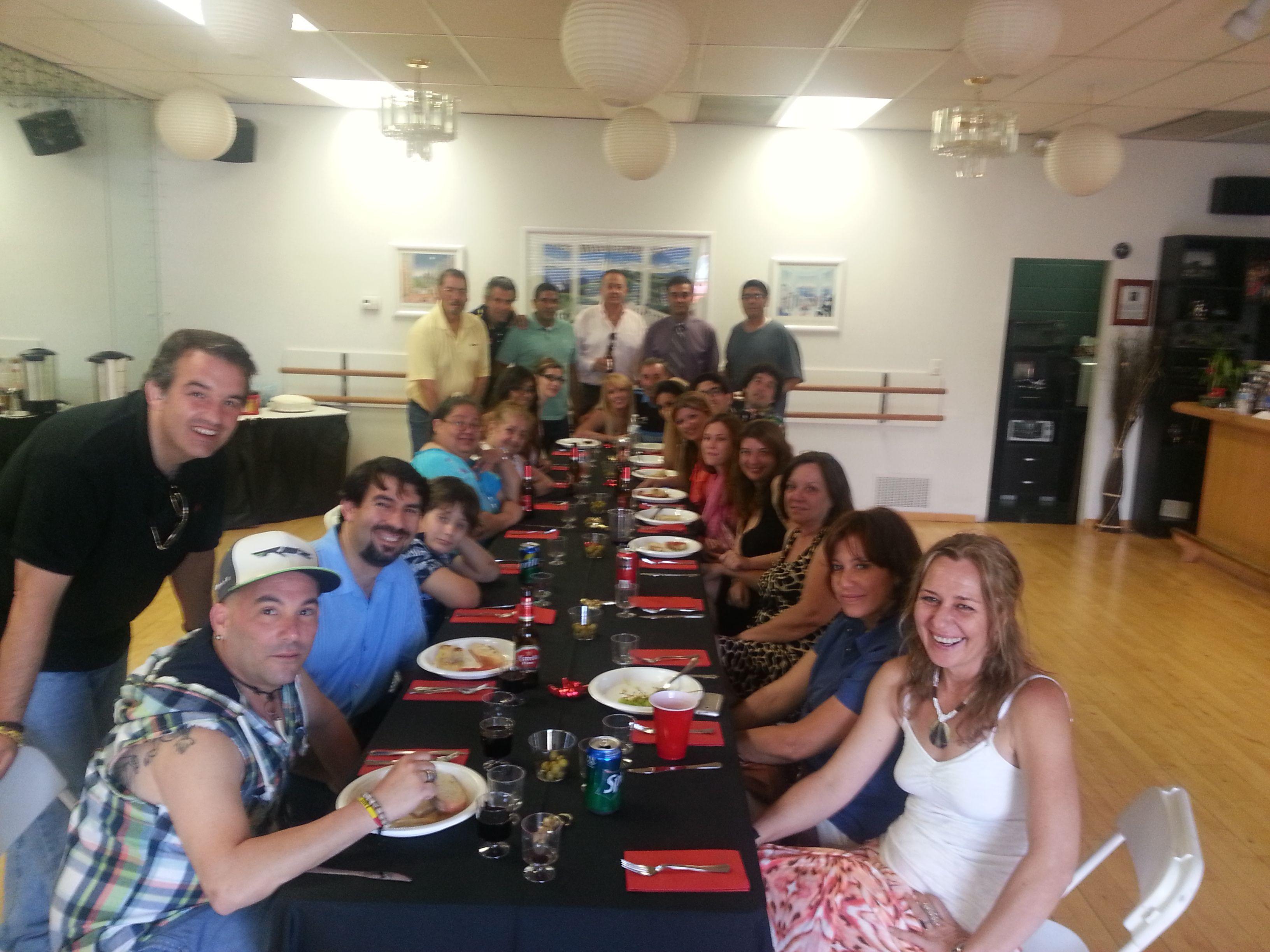 Todos los españoles de nuestro club juntos y pasándolo estupendamente!!!