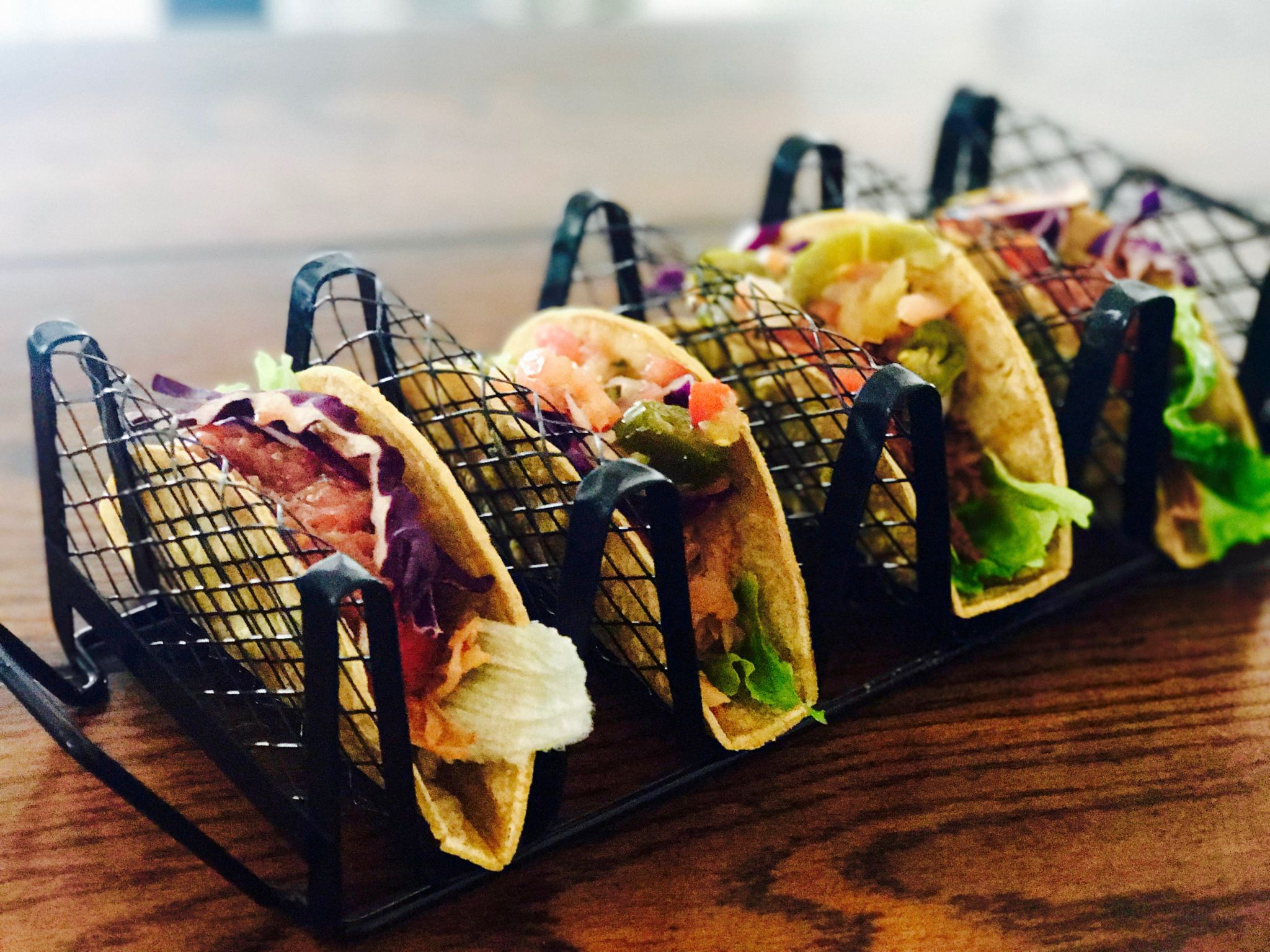 How to make the hottest dish around: jackfruit tacos withThat Snarky Vegan Girlusing two of our favorites:Upton's Naturals&The Jackfruit Company!Local Harvest Company#LunchBreakLIV…