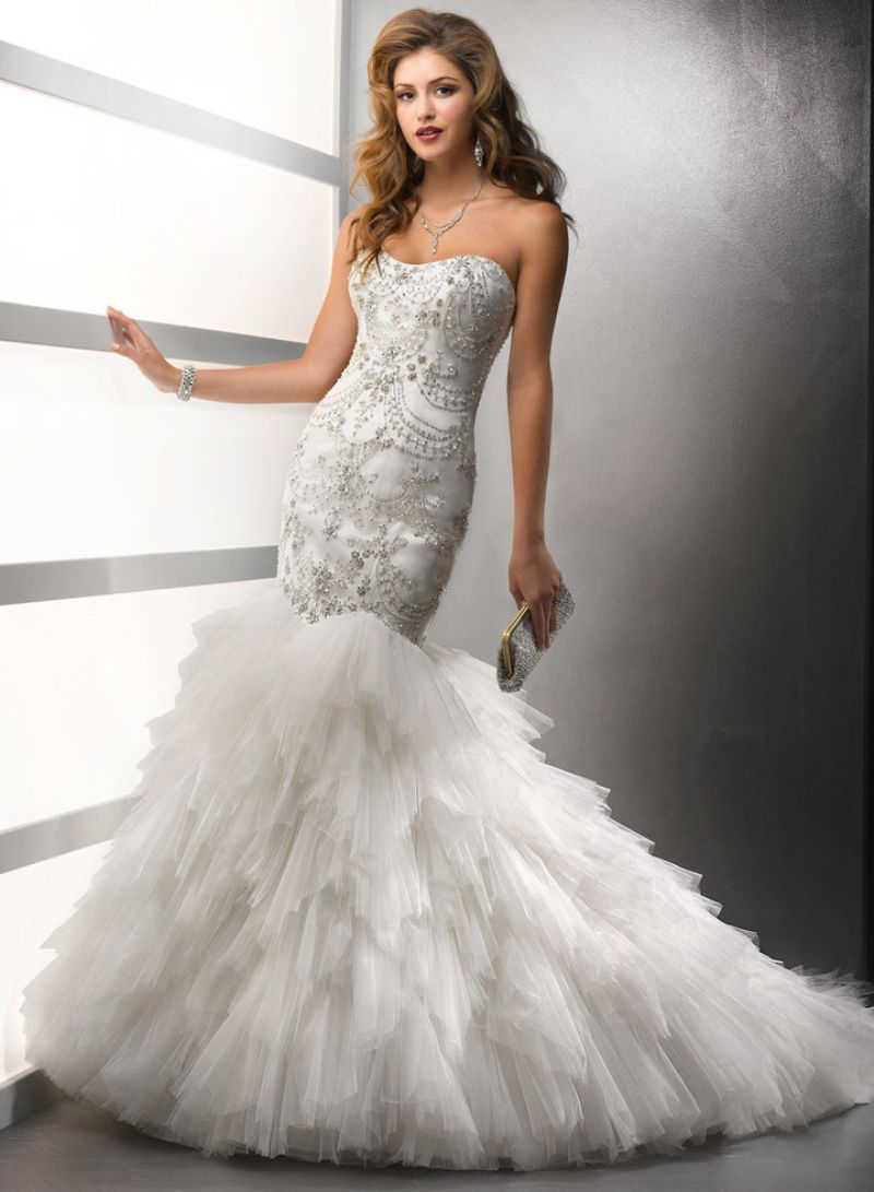 Wedding dress embroidery new fashion heavy beading silver strapless