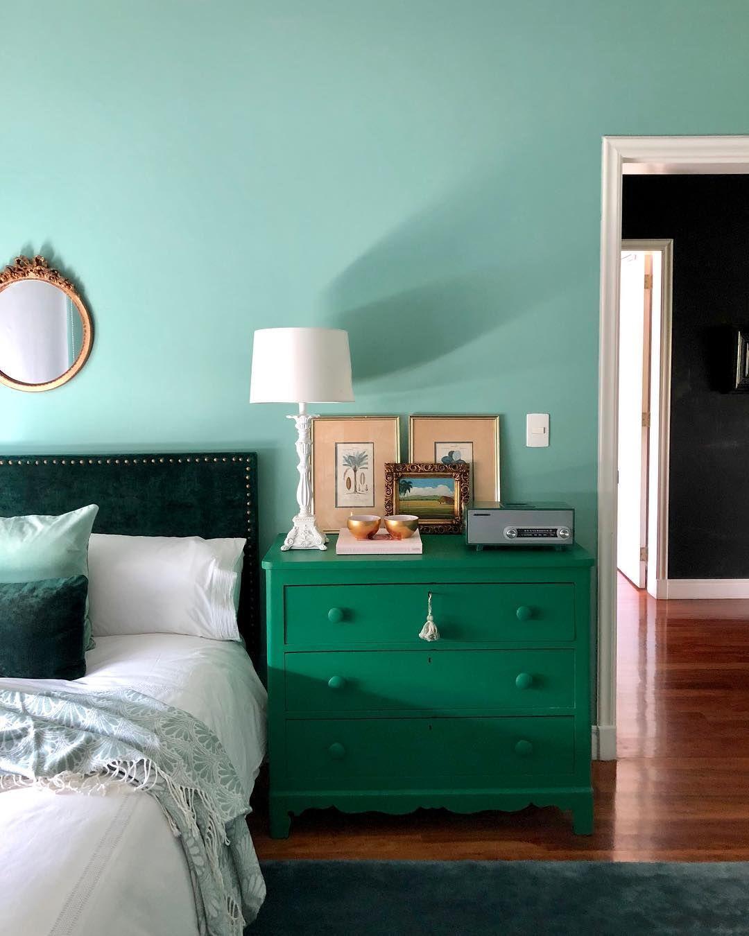 Entre Tonos De Verde Dormitorio Verde Menta Decoracion De Habitacion Tumblr Diseno Interior De Dormitorio