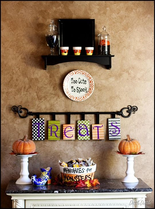 Foyer Halloween table - sign, hanging from a shower curtain rod (?)