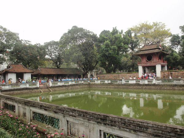 Templo de la Literatura en Hanói, Vietnam. Templo construido en honor a Confucio que fue la primera universidad del país.