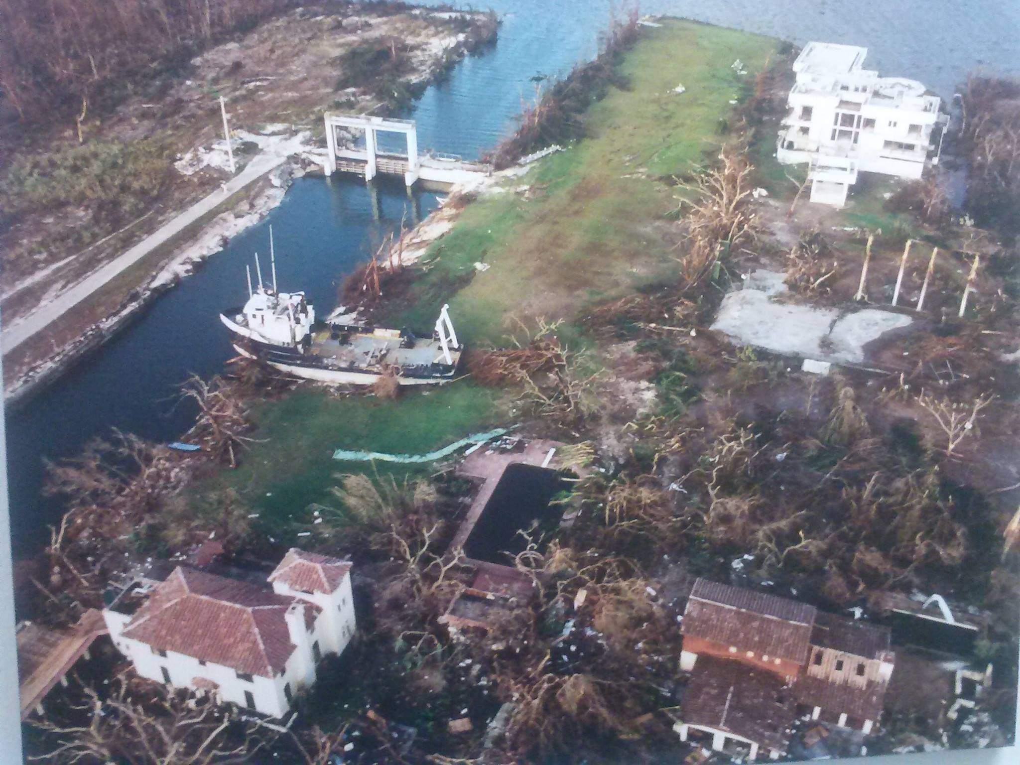 Old Cutler Canal Snowdens After Hurricane Andrew 1992 Note The Giant Freighter On The Other Side Of The Bridge And Past Hurricane Andrew Biscayne Florida