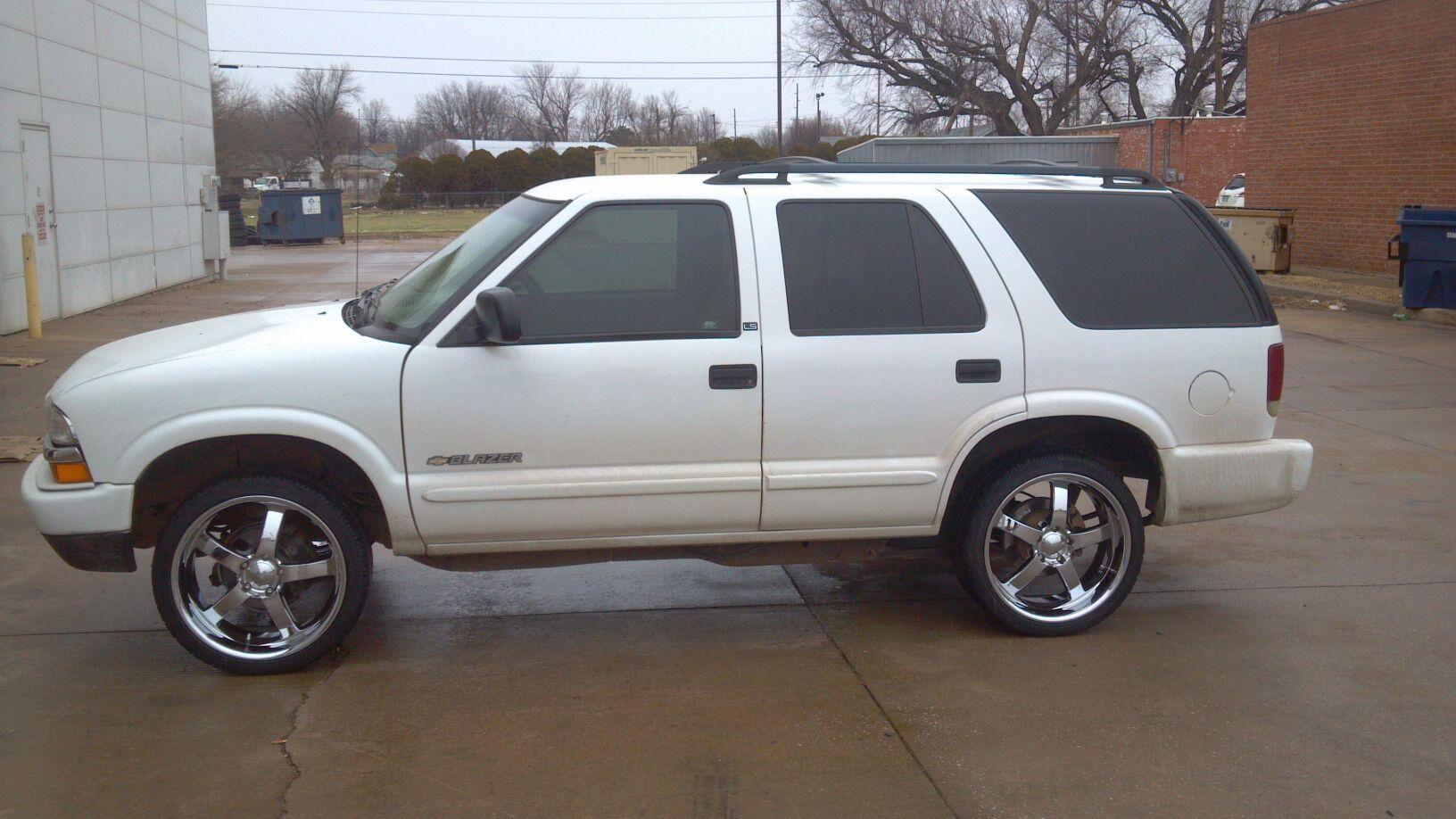 Blazer chevy blazer 2002 : Kimmel Gatson's 2002 Chevrolet Blazer with 4 20