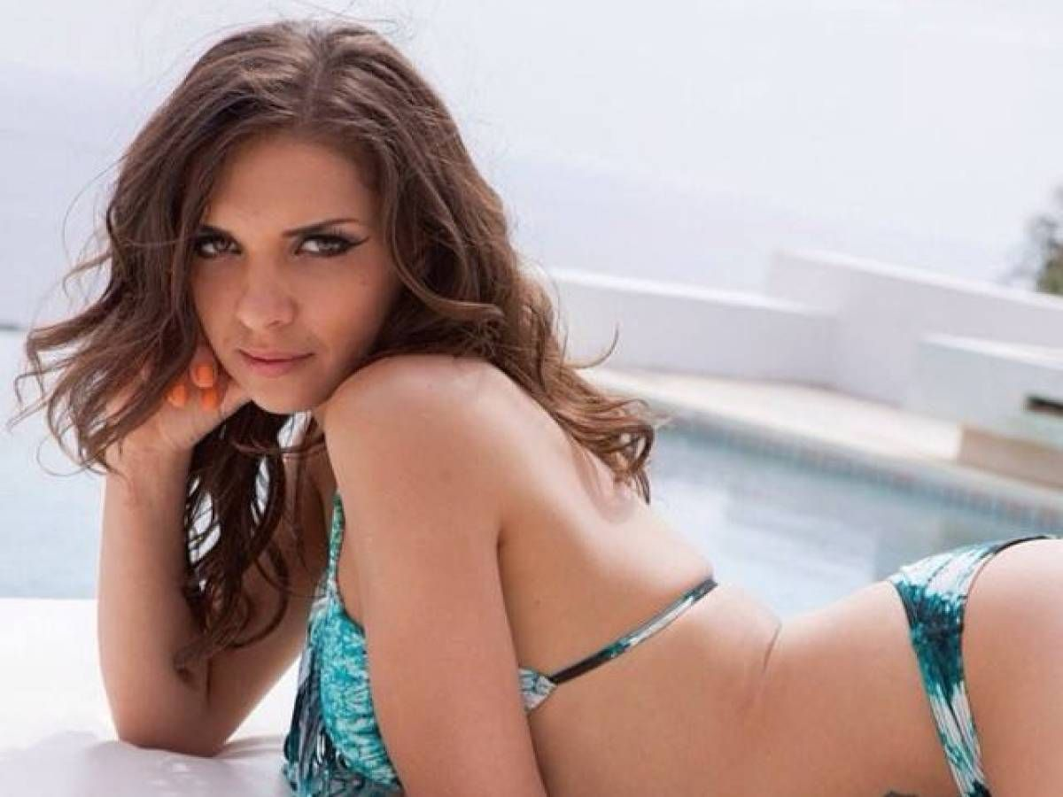 Pictures Alina Henessy nude photos 2019
