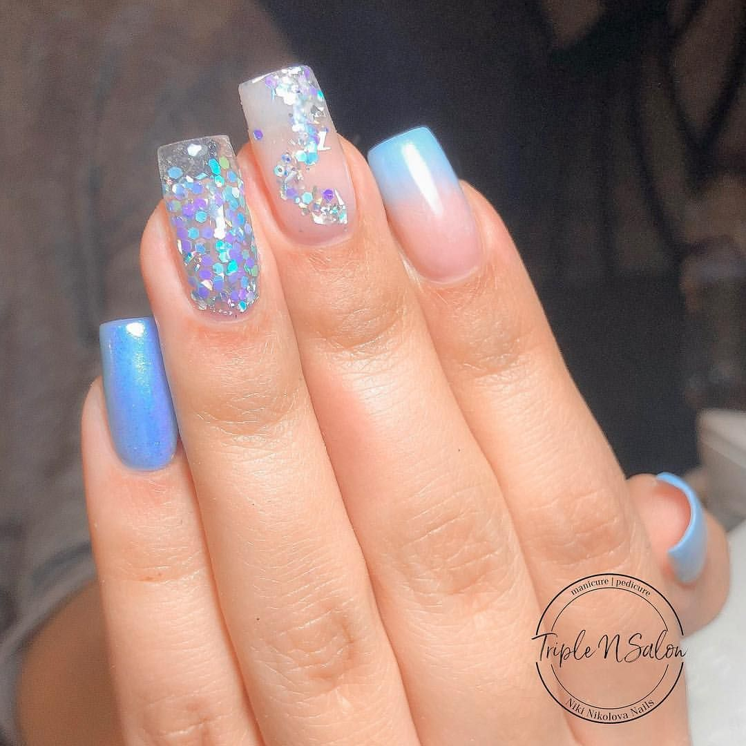 Baby Shower Nails Can You Guess The Gender Blue Glitter Ombre Nail Design Babyshower Baby Shower Nails Baby Shower Nails Boy Baby Nails