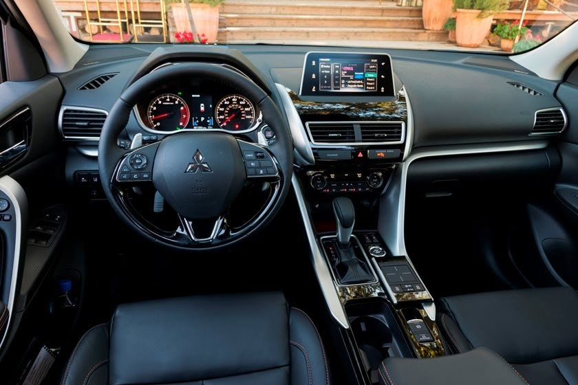 From Leather Appointed Seating To A Panoramic Sunroof The 2020 Mitsubishi Eclipse Cross Includes Interior Style That You Wont Want To Leave Behind Will Probabl Di 2020