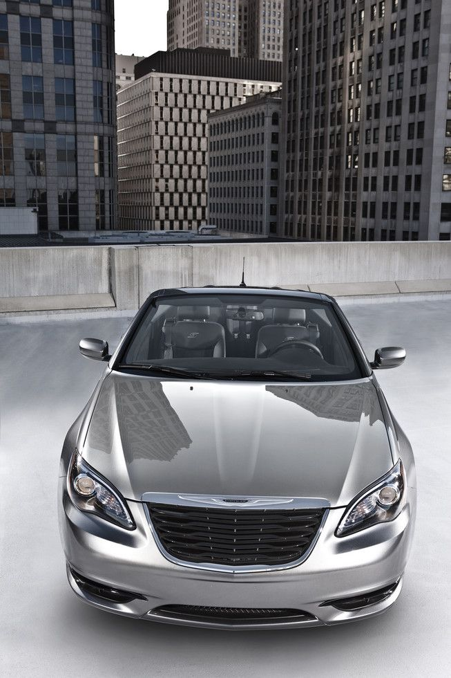 Chyrysler Company That Will Release The 2013 Chrysler 200