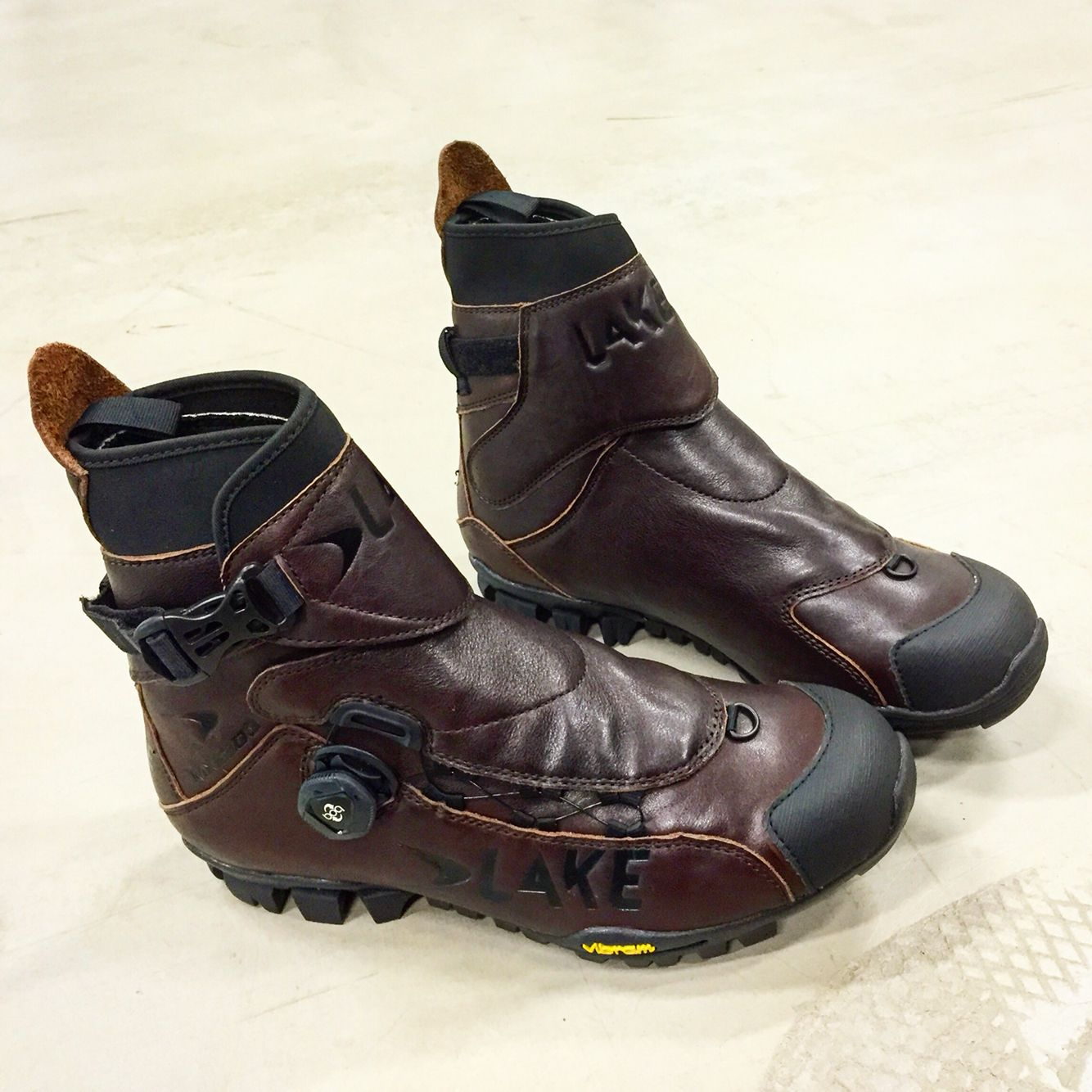 Lake Mxz303 Winter Cycling Shoe All Mountain And Fatbike Winter Mtb Shoes Genuine Leather With Real Vibram Rubber Sole