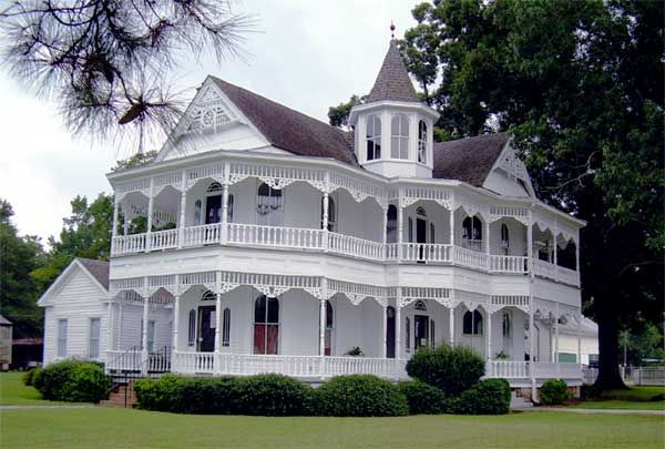 Neo Georgiaanse Herenhuis : John blue house circa 1890 laurinburg nc *swoon* awesome design