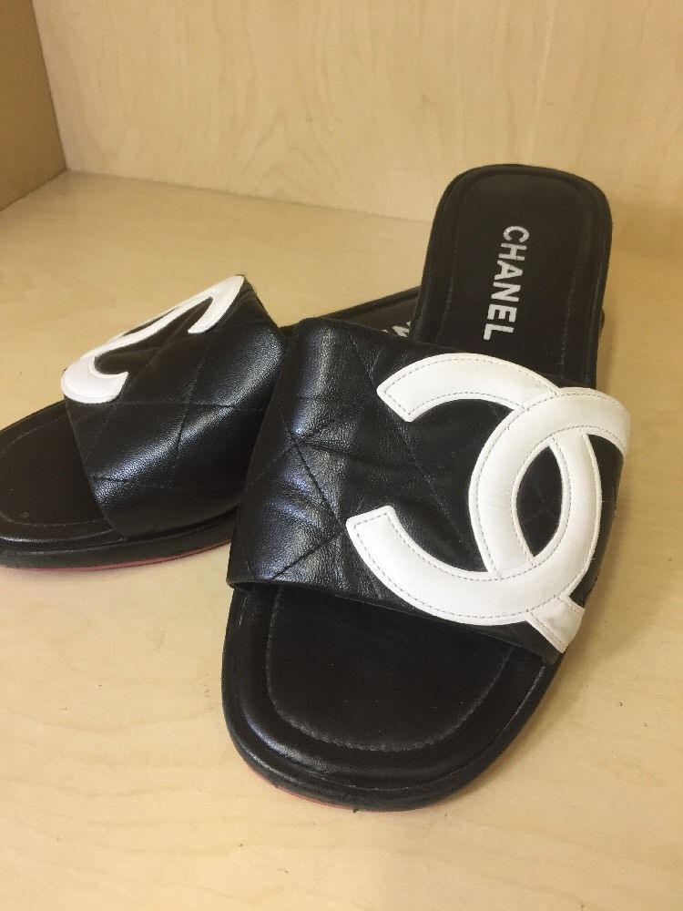Authentic CHANEL Black leather CAMBON