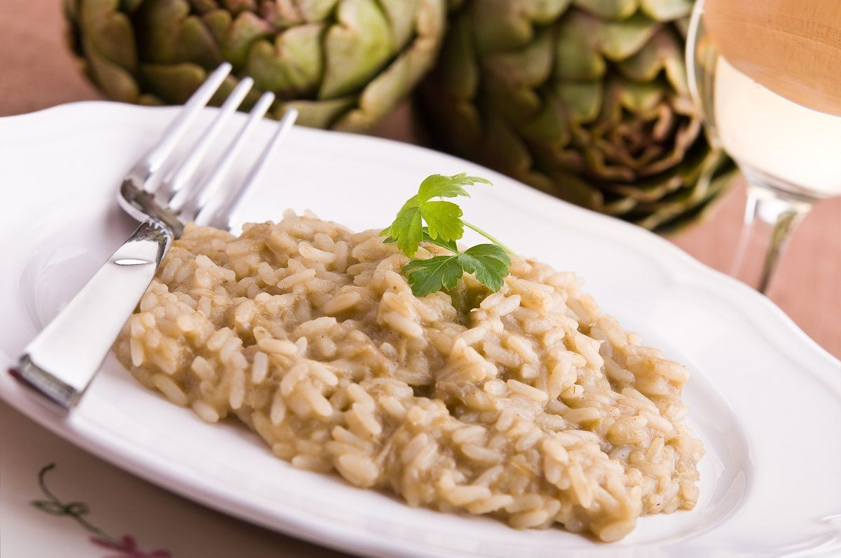 Risotto ai carciofi, la ricetta  http://feeds.blogo.it/~r/Gustoblog/it/~3/oAbCmsy-ynU/risotto-carciofi-ricetta