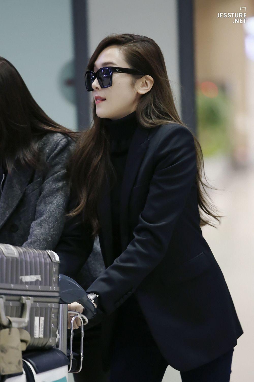 Jessica Jung Airport Fashion 151221 2015 Krystal Jessica