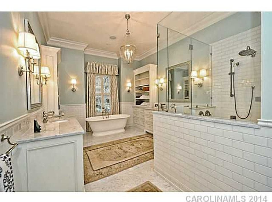 Admirable Bathroom 1620 Twiford Pl Charlotte Nc 28207 Is For Sale Download Free Architecture Designs Rallybritishbridgeorg